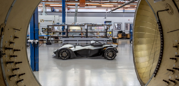 Supercar Mono R powers into Derby